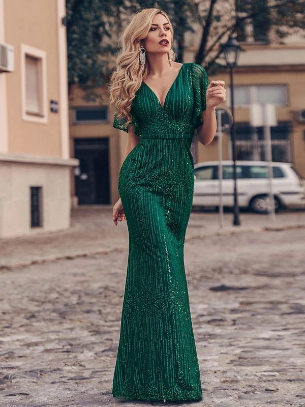 Dress to Kill: Style and Fashion for Evening Dress